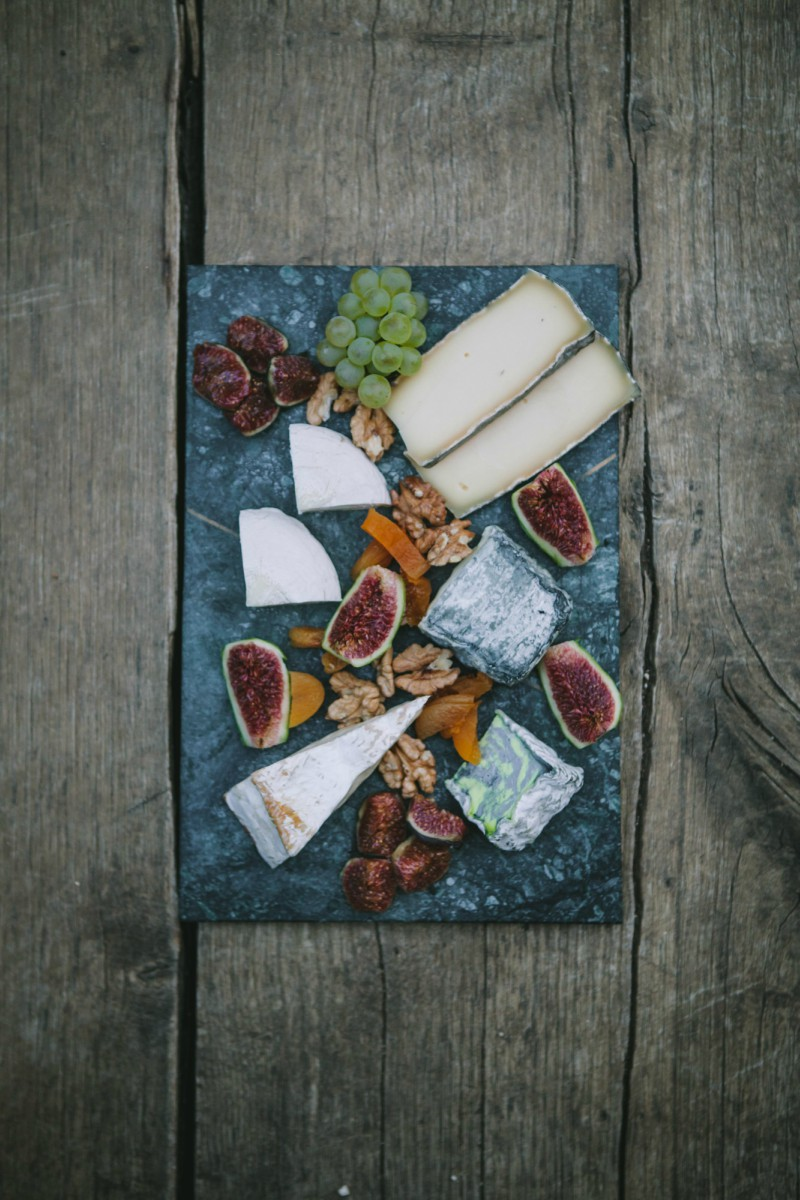 planche charcuterie fromages.